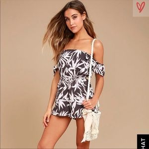 Amuse Society Tropical Print Romper XS